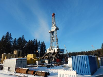 GeoWell project survey: risk assessment in drilling for geothermal and petroleum