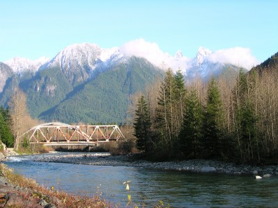 Public utility drilling exploration well for potential 20 MW project in Washington state