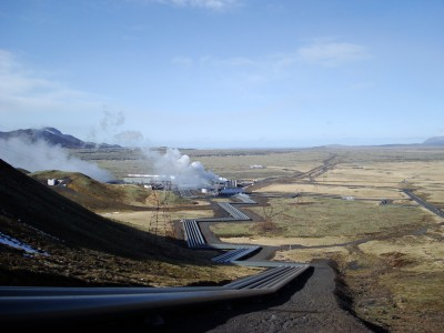 Producing micro-algea for fish feed at Hellisheidi geothermal plant, Iceland