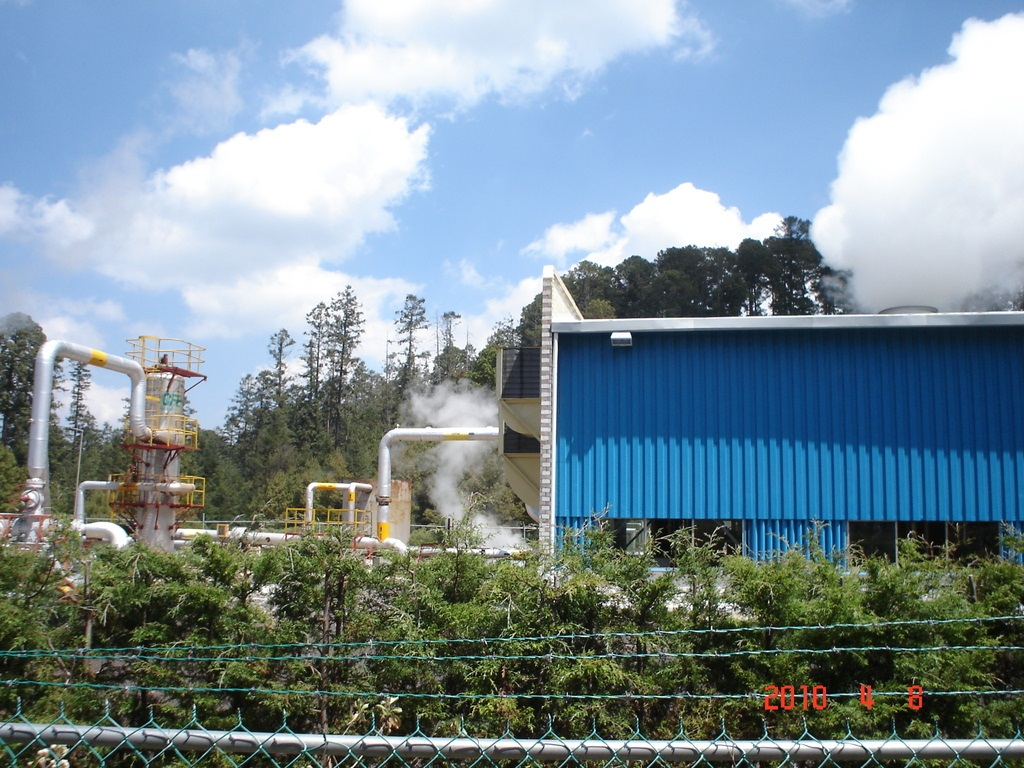 CFE plans large tenders for various projects until 2018, including geothermal