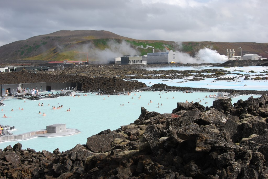 Swiss/ British investment group buys 12.7% stake in Icelandic geothermal firm HS Orka