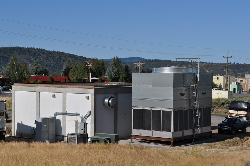 Plans for 10 MW geothermal plant at Klamath Falls, OR