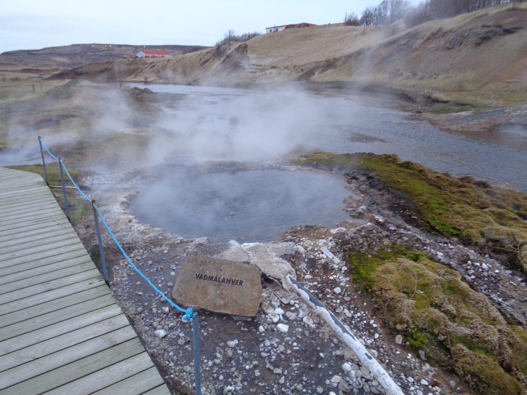 Local community in Iceland to install four small geothermal power generation units