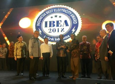PT GeoDipa wins Indonesia Best Electricity Award 2018 in the social responsibility category