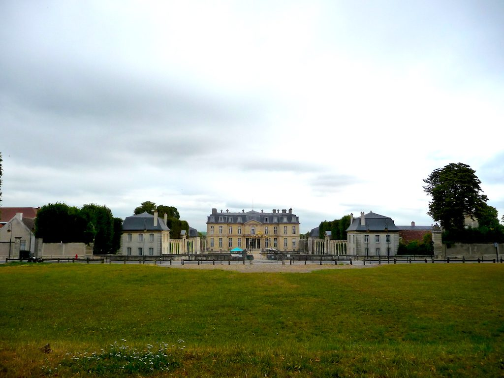 Crowdfunding, the local impact, saving emissions – geothermal heat project near Paris