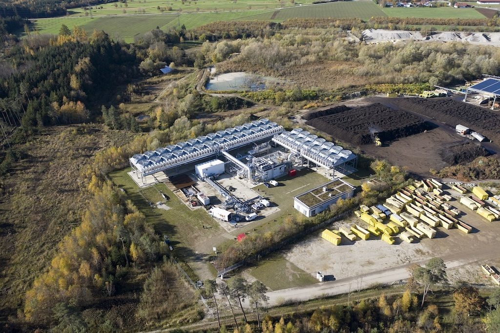 Munich city utility builds new district heating plant at Kirchstockach geothermal plant