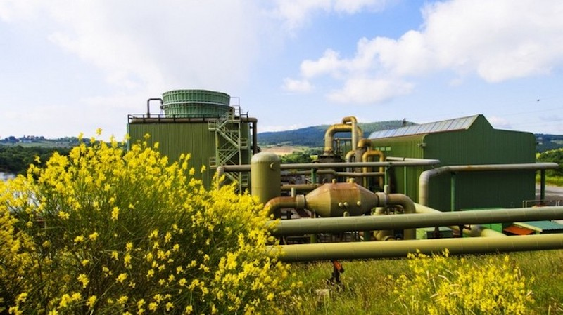 Despite great resources, what is holding back geothermal in Italy?