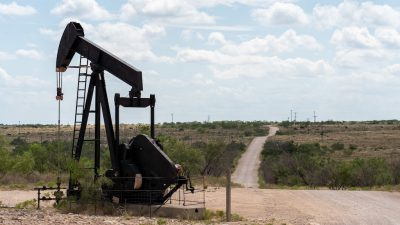 Call to repurpose abandoned oil wells in U.S. for geothermal