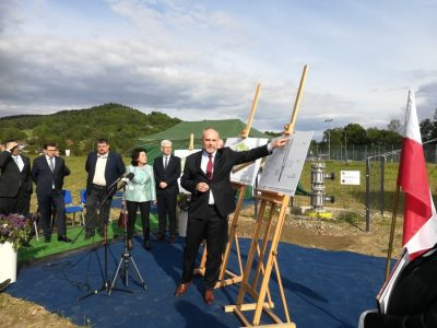 Solar to power deep-well geothermal heat exchange in Poland